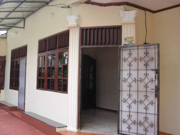 Disewakan Rumah di Tanjung Duren, Dekat Mall Central Park, Jakarta Barat
