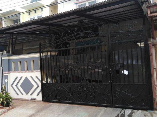 Dijual Rumah siap huni di Taman Surya 5, Pegadungan, Kalideres, Jakarta Barat