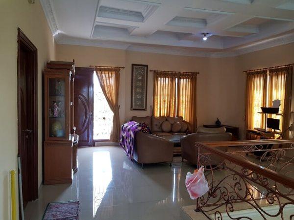 Dijual Rumah Mewah di Perumahan Taman Surya 5, Cengkareng, Jakarta Barat